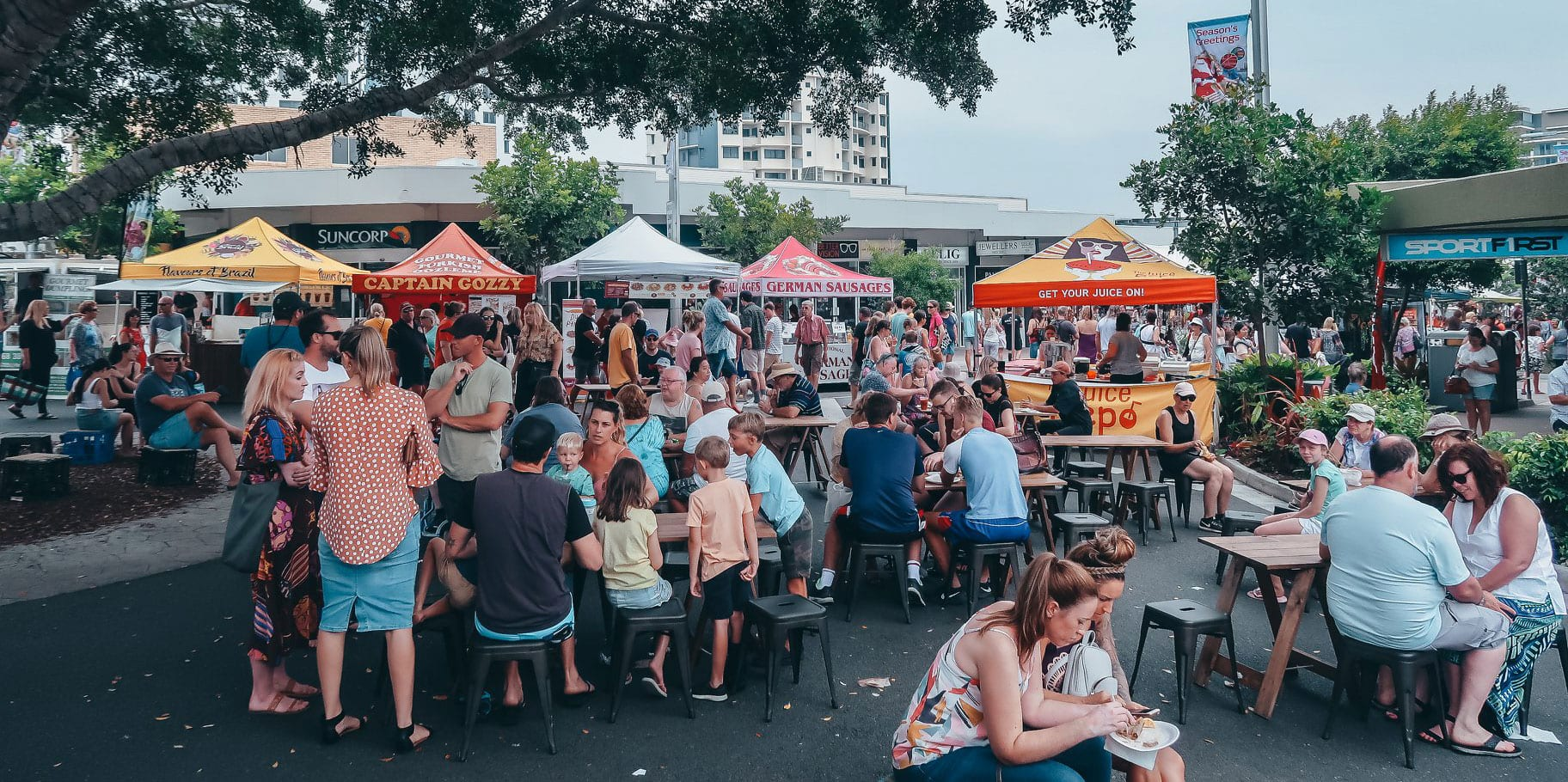 caloundra street fair food court